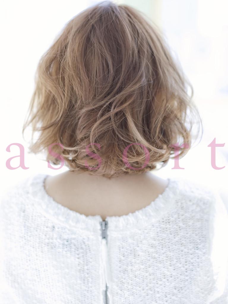 [2013 人気ヘアスタイル]『丸い前髪』×『ラフカール』ボブ